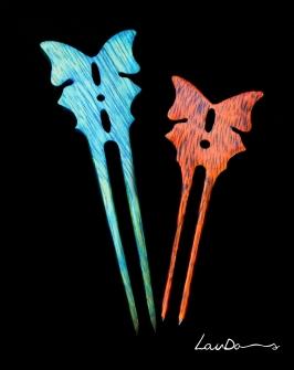 """Peinetas """"Mariposas"""". Madera de teka. Diseño original y realizada a mano de forma artesanal."""
